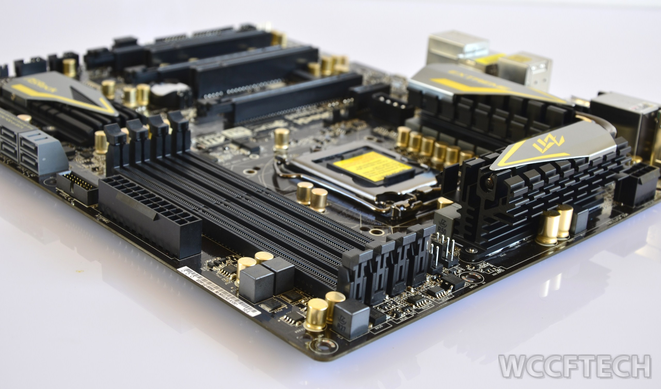 Asrock Z77 Extreme6 Review Mainboard Lga 775 I945 Off Board Four