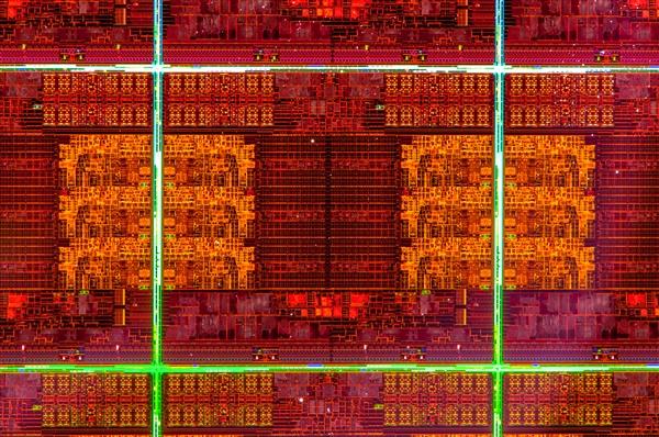 Intel Ivy Bridge-E Power Density