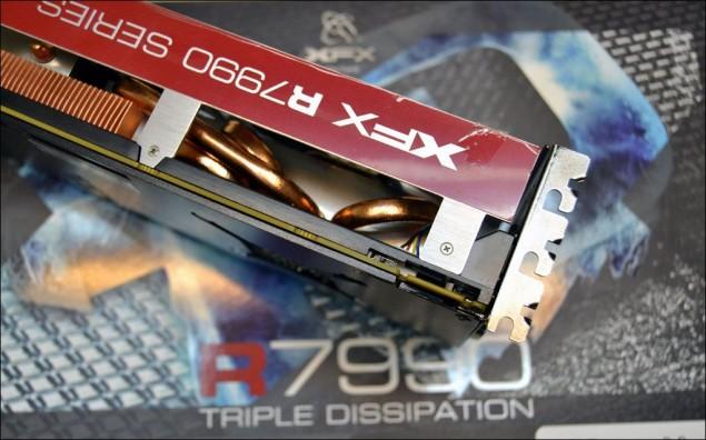 XFX R7990