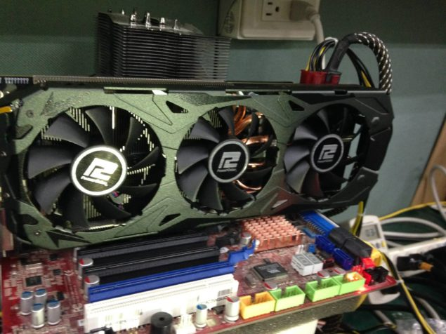 Powercolor Radeon R9 290X PCS+ _2