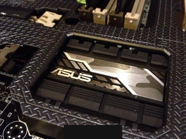 ASUS Z97 Gryphoon