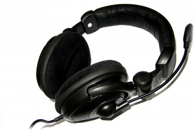 Medusa NX 5.1 Surround Headset with Integrated USB Sound Card