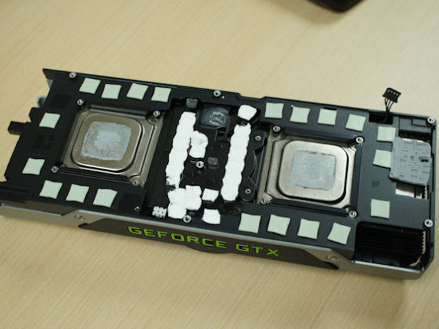 NVIDIA GeForce GTX Titan Z Cooler Dismantle