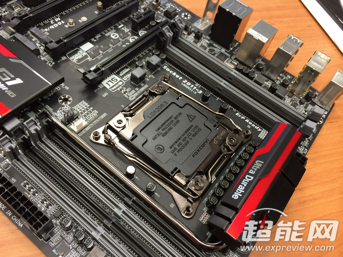 gigabyte-x99-g1-gaming-5-motherboard_5