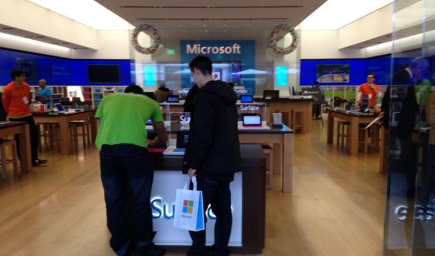 Microsoft Sony Motorola September Mobile Releases