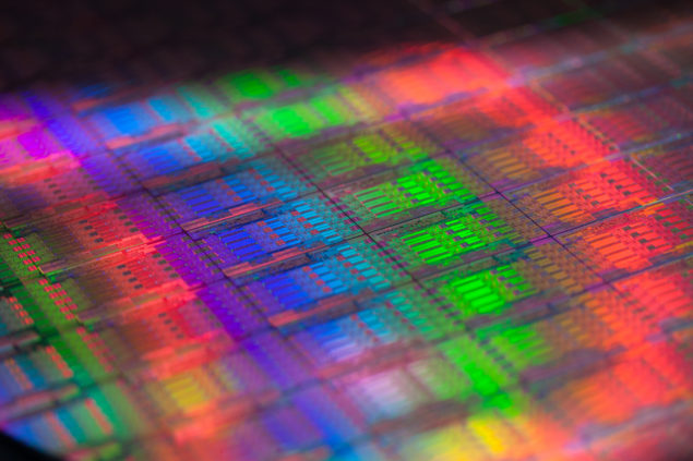 Xeon E5-2600 V3 die close