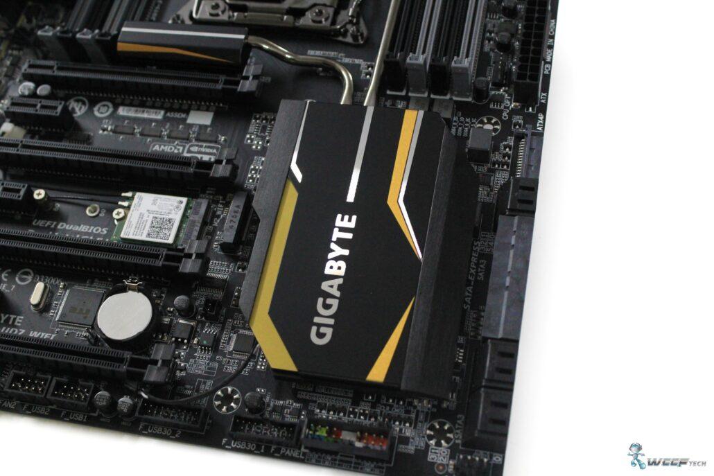 gigabyte-x99-ud7-wifi_heatsink-1
