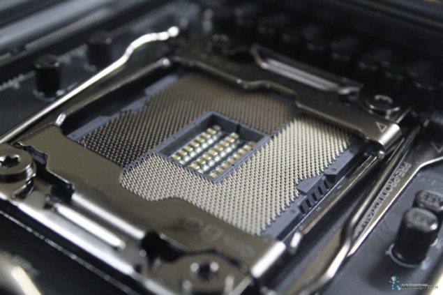 Gigabyte X99 UD7 WiFi_Socket Close Up 2