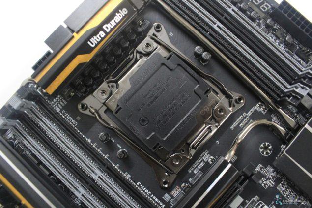 Gigabyte X99 UD7 WiFi_Top Side