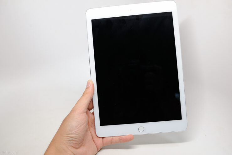 supposed-apple-ipad-air-2-clone-3