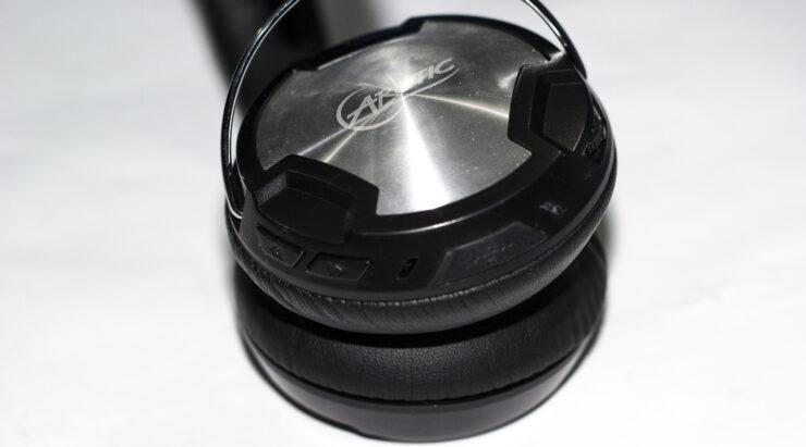arctic-p614bt-headphone-cuffs