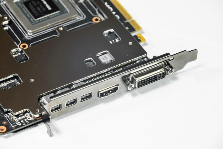 evga-geforce-gtx-980-classified-kpe_4