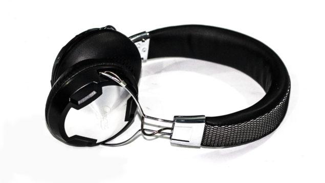 P614BT Arctic Blue Tooth Headphones Side