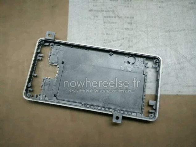 Samsung-Galaxy-S6-metal-chassis-02