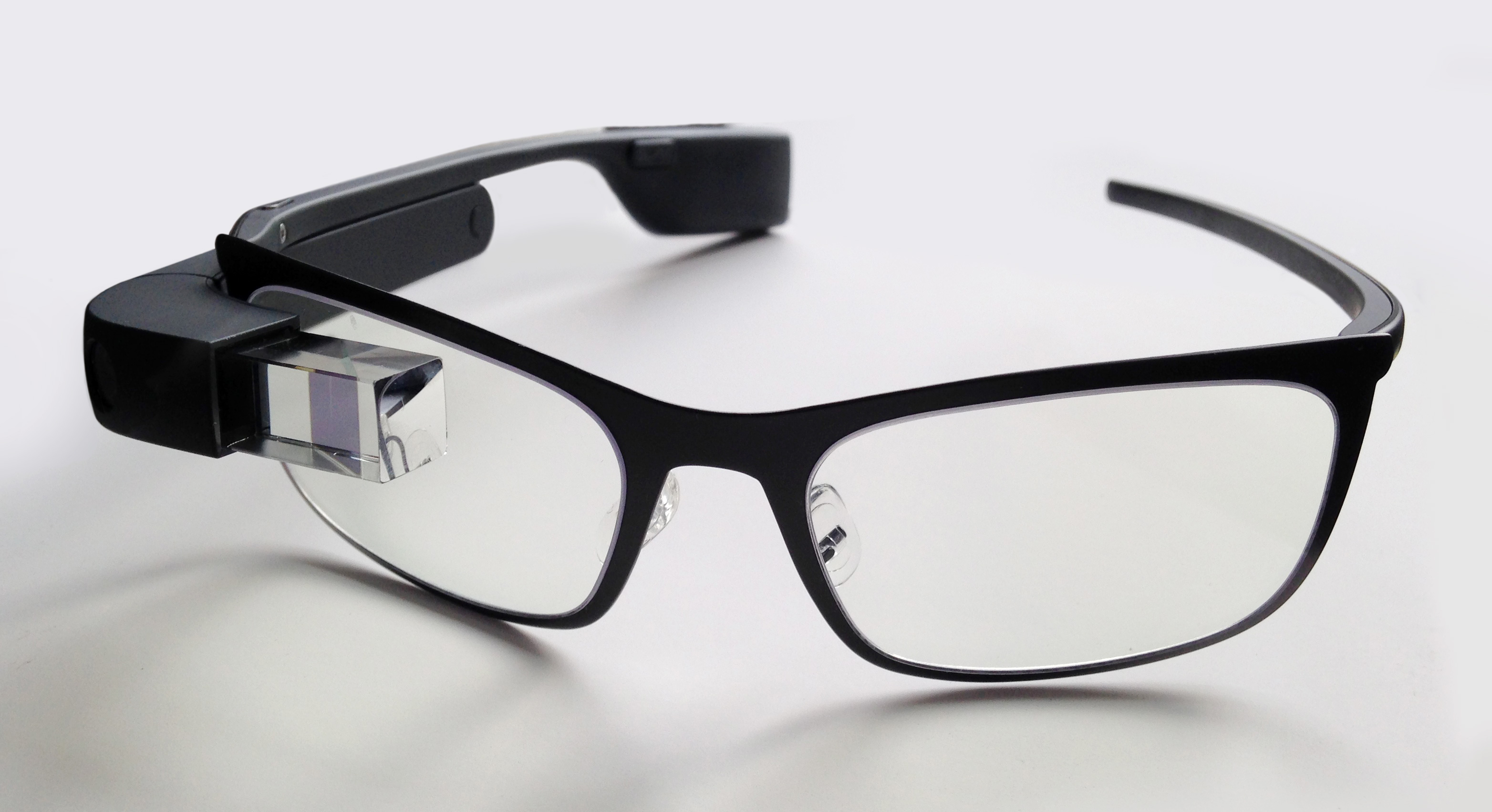 d8a916e17a6 Google Starts Sending Out Google Glass 2 Prototypes To Select Manufacturing  Partners
