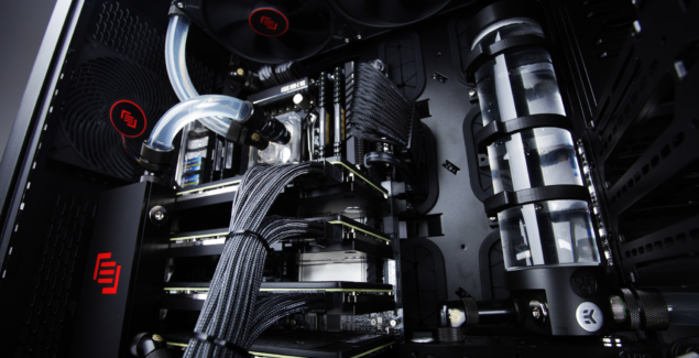 Quad Geforce GTX Titan Z Build for Super Bowl Half Time