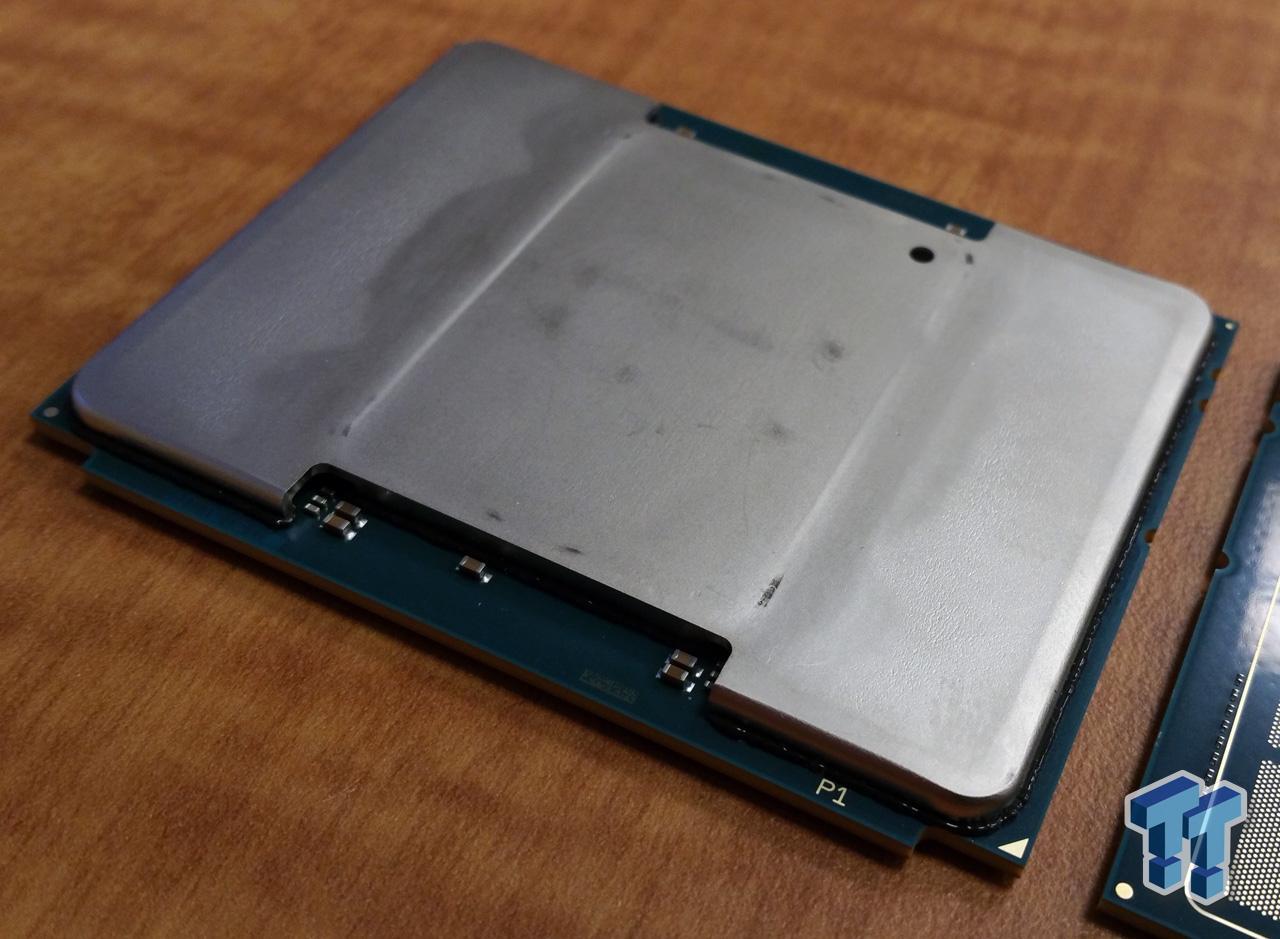 intel-knights-landing-processor_die_2