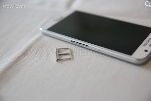 dual-sim Galaxy S6