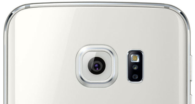 Samsung's Problems Begin As Several Users Facing Camera Flash Issues With Galaxy S6