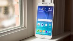 galaxy-nbsps6-and-s6-edge-stress-test-videos-and-design-shots