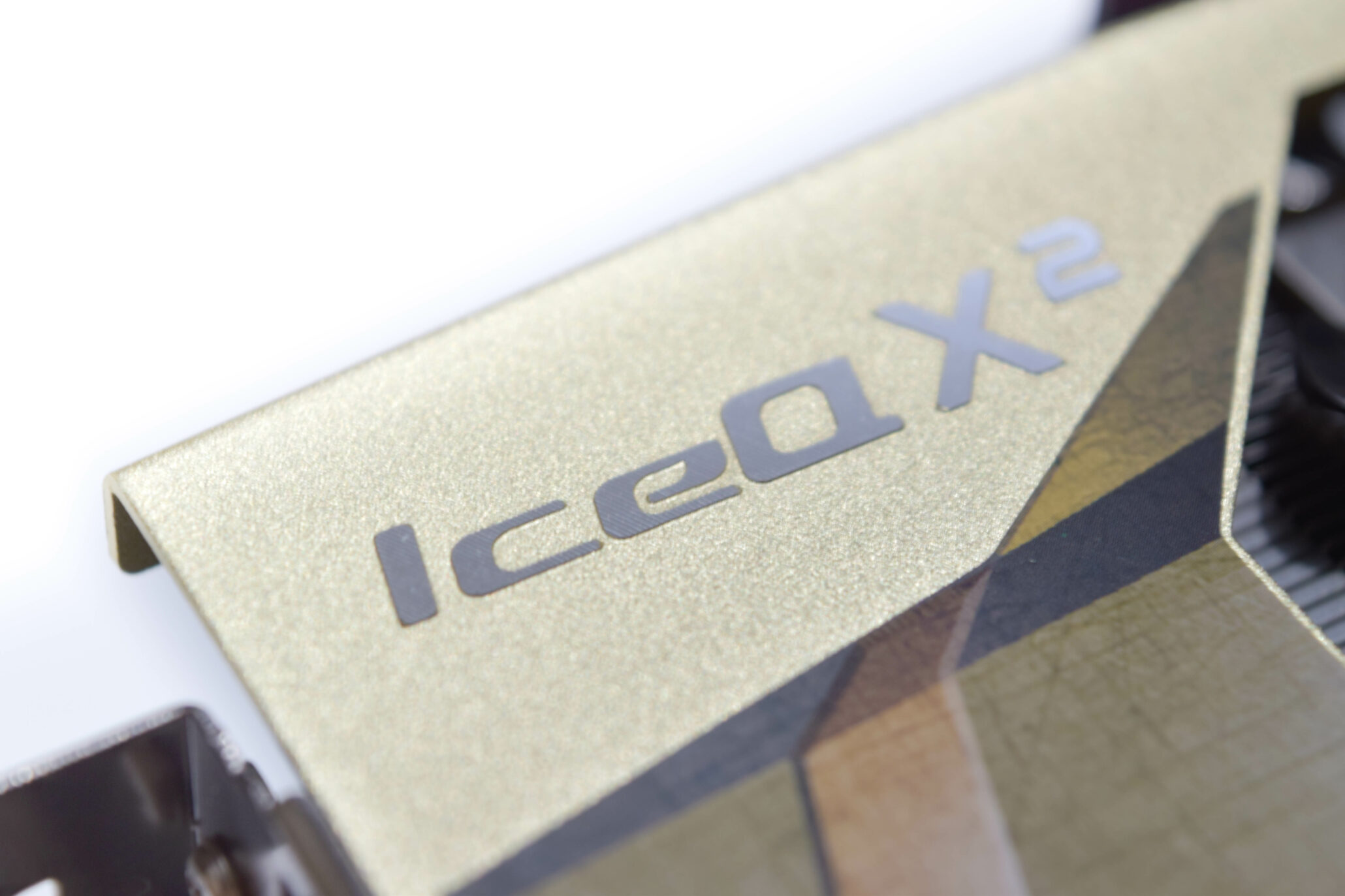 his-radeon-r9-390-iceq-x2_iceqx2