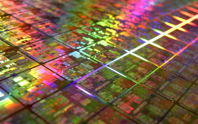 Samsung Eyeing Intel's Spot Of Being The Largest Semiconductor Manufacturing Firm
