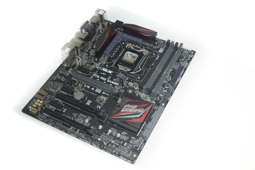 asus-z170-pro-gaming-motherboard_side-1