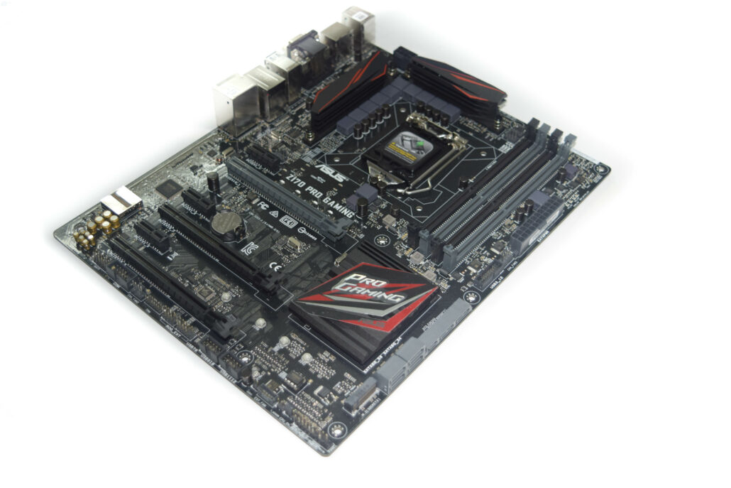 asus-z170-pro-gaming-motherboard_side-2