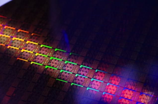 Intel Skylake Wafer Die_3