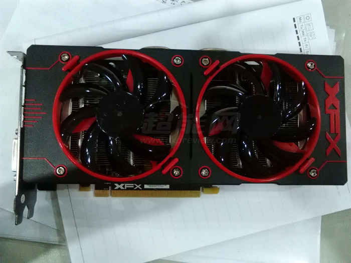 xfx-radeon-r9-380x-double-dissipation_1