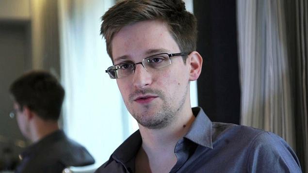 edward Snowden russia