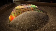 intel-14nm-wafer