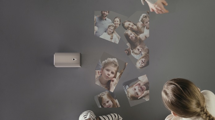 xperia-projector-lifestyle
