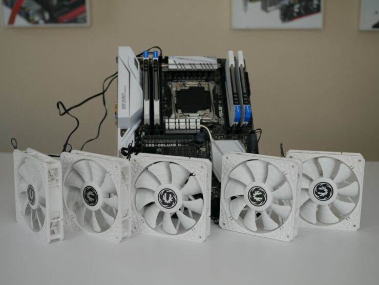 asus-x99-deluxe-ii-5-fans-connected
