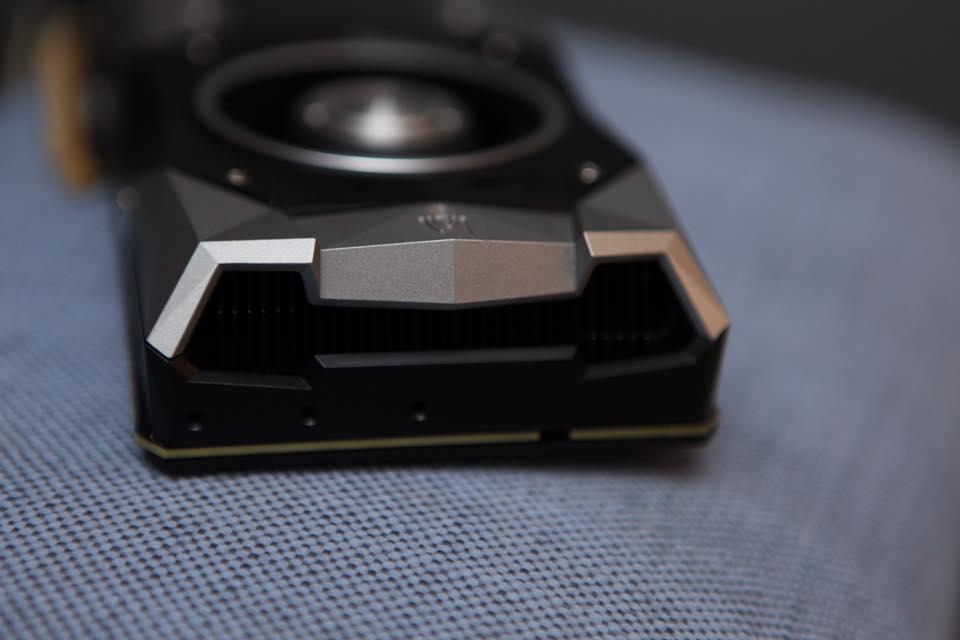 nvidia-geforce-gtx-1080_graphics-card_fe_11