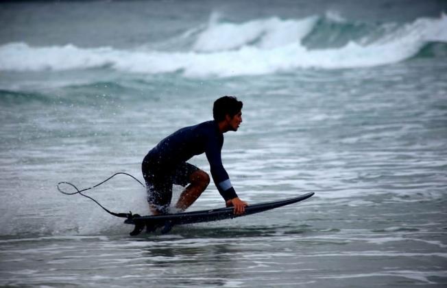 Samsung Galaxy Surfboard: Because Using A Regular Surfboard Is Too Mainstream