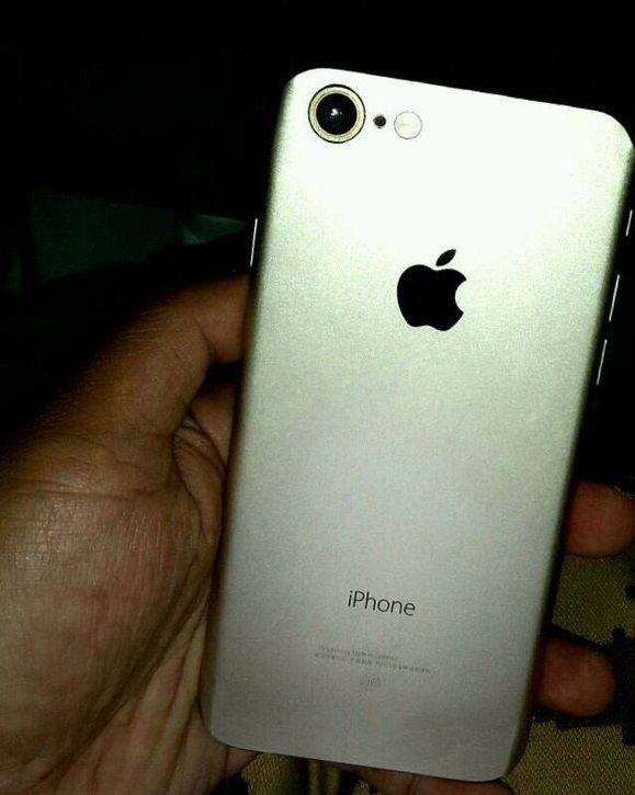 iphone 7 changes alleged live iphone 7 image leak shows detailed 11524