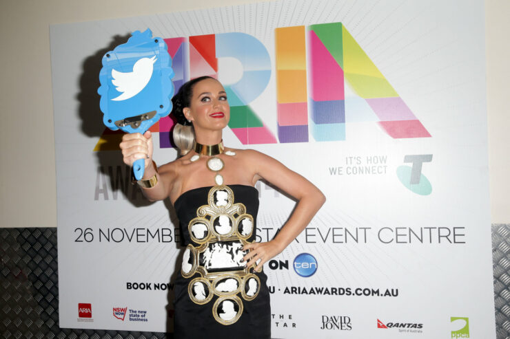 katy perry twitter hack