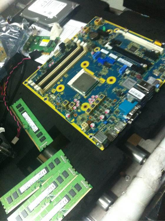 amd-am4-motherboard-3
