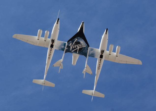 White_Knight_Two_and_SpaceShipTwo_from_directly_below