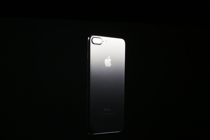 iPhone 7 design (3)