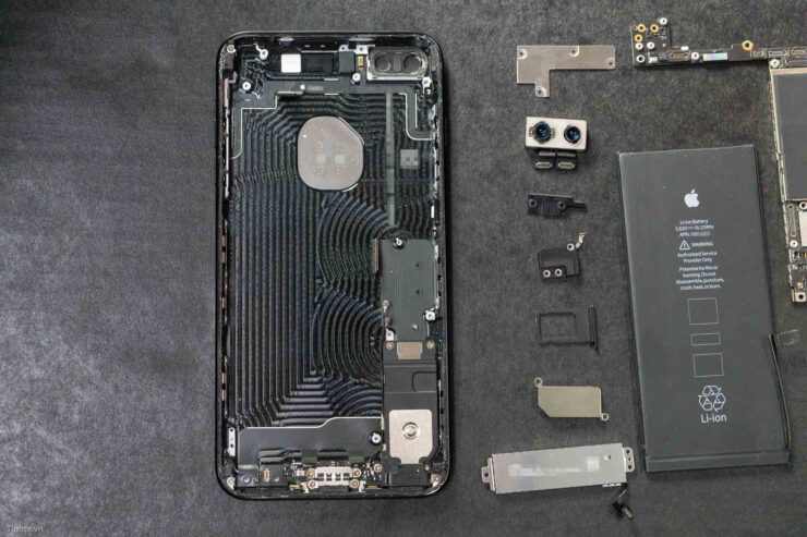 iphone-7-plus-teardown-4