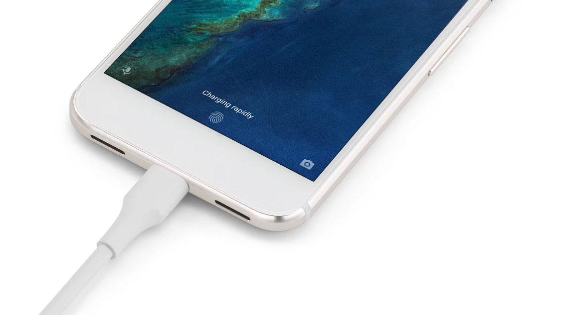 Google Pixel Ad Parody Highlights the 'Still Useful' Attributes of Nexus 6