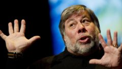 Steve Wozniak Retracts His Earlier Statement – Says Apple Was Right to Drop Headphone Jack on Latest Phones