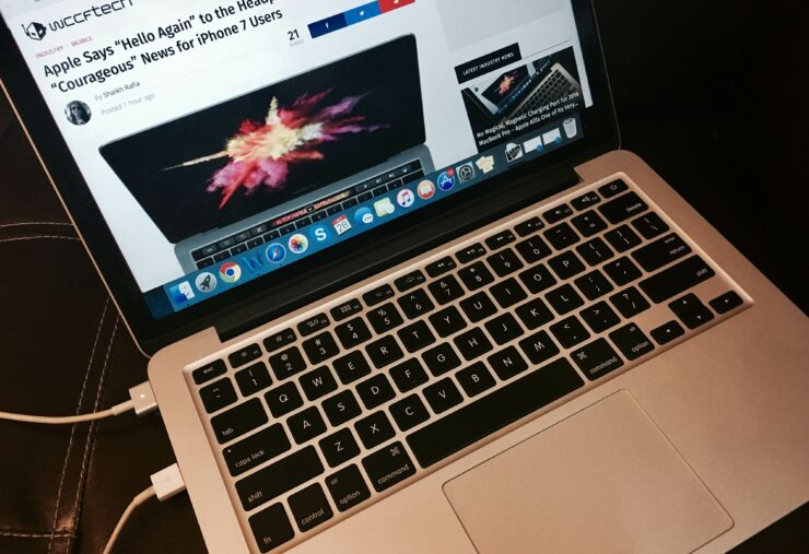 2016 MacBook Pro Loses MagSafe Charging Port