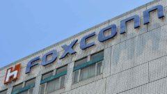 taiwan-japan-company-electronics-sharp-foxconn-merger-files