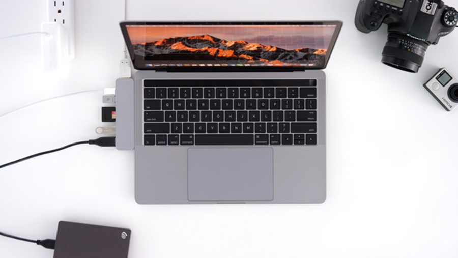 HyperDrive Aims to Be the Best Possible Dongle for Your Latest MacBook Pro