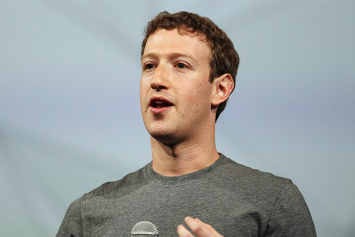Mark Zuckerberg has called for lawsuits against Hawaiians who have taken over his 700-acre estate without legal justifications.
