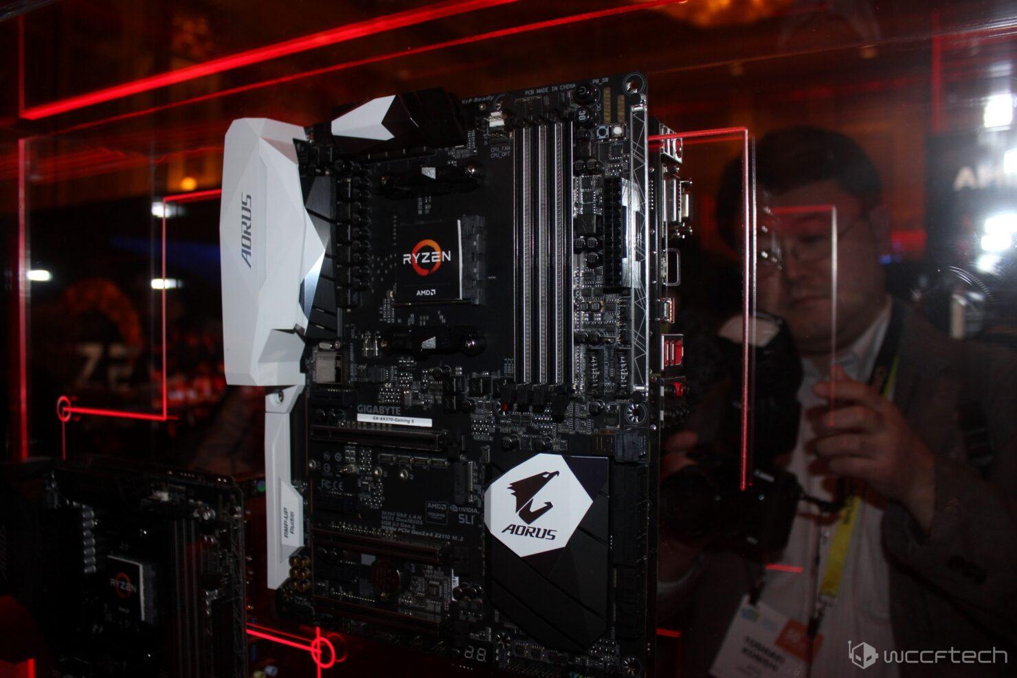 gigabyte-aorus-ga-ax370-gaming-5-custom-2