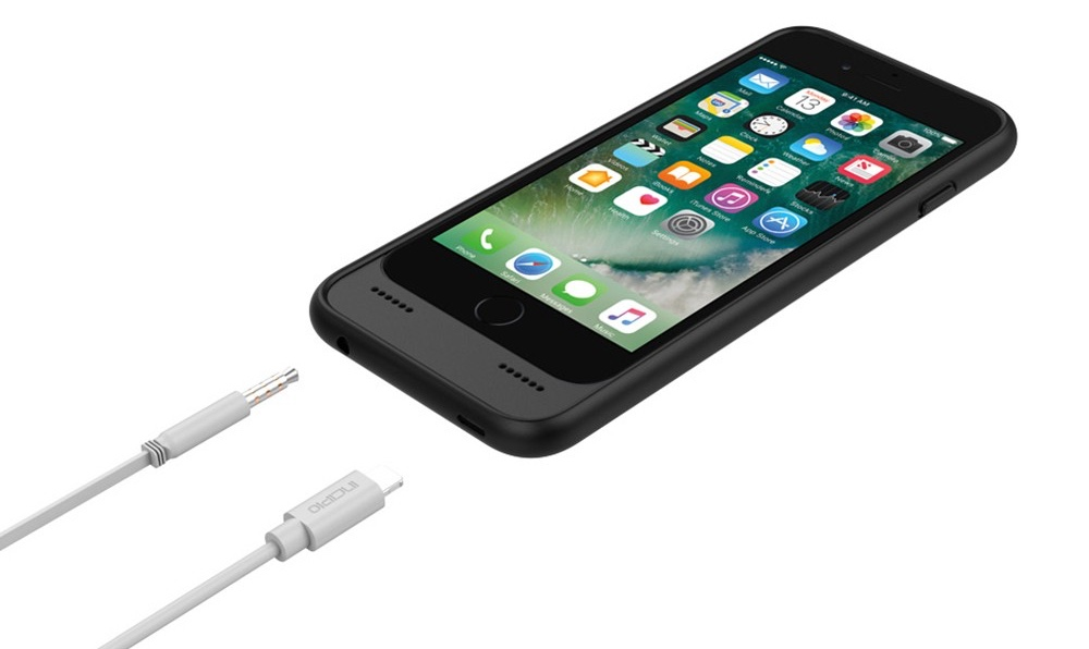 innovative design 6f332 e796a Incipio OX Case for iPhone 7 Lets You Charge & Listen to Music
